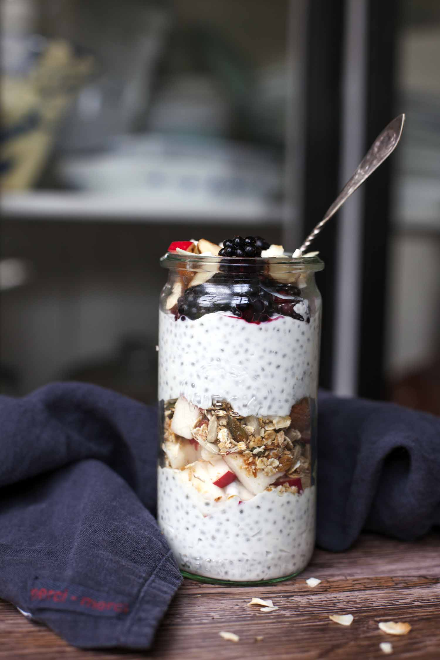 Early Bird with Chia, Coconut Milk and Skyr