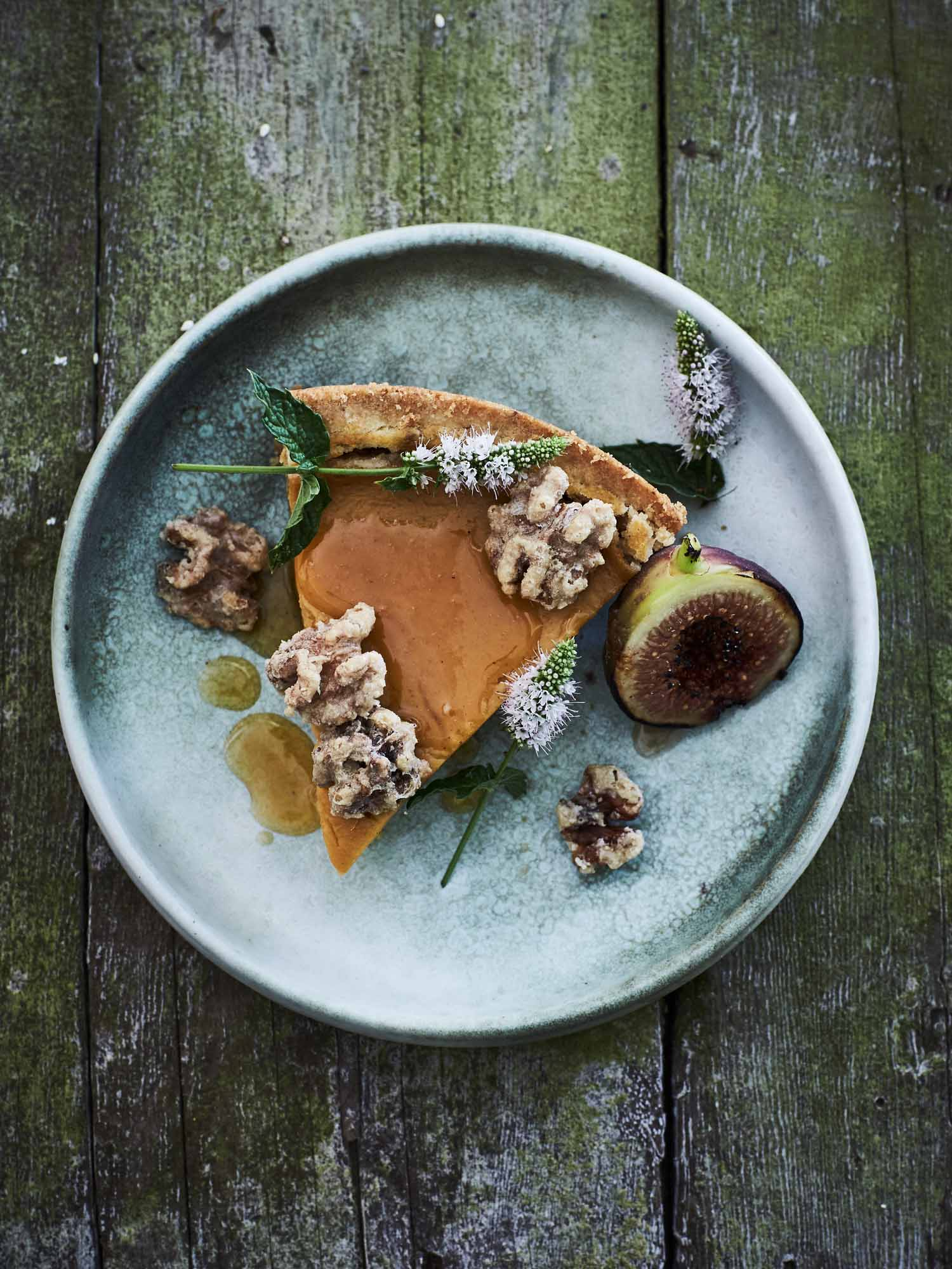 """Pumpkin"" Pie with Figs and Walnuts"
